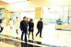 武侯区副区长潘虹一行莅临四川省泌尿外科医院视察并召开现场办公会