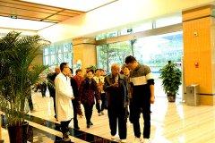 惊喜!四川省泌尿外科医院迎来周边居民组团参观